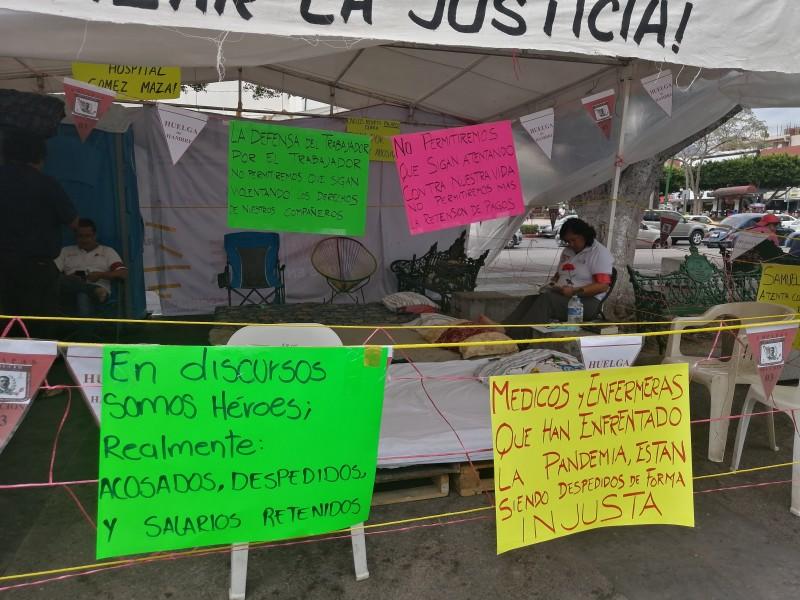 Personal de salud cumplen 2 días en huelga de hambre