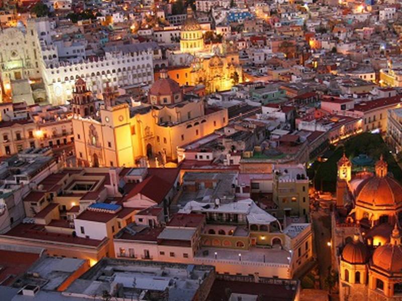 Personal médico de Guanajuato sobrepasado por Covid-19
