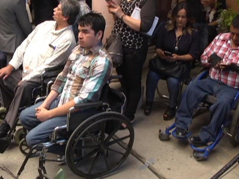Personas con discapacidad accederán a programas de Seduvot