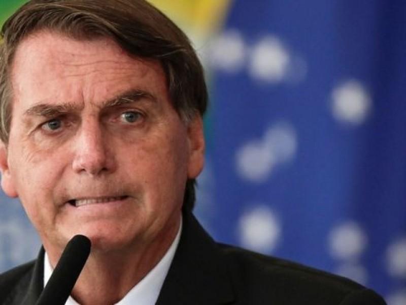 Pese a desbordamiento hospitalario, Bolsonaro rechaza confinamiento nacional