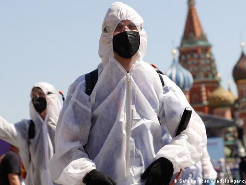 Pese a grave repunte de Covid-19, Rusia descarta confinamiento
