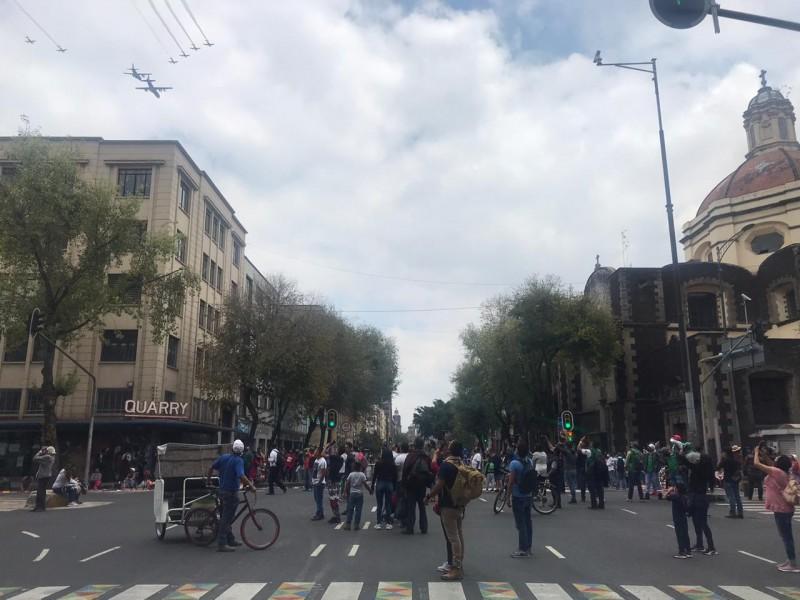 Pese a restricción, capitalinos intentaron ver el Desfile MIlitar