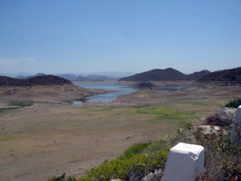 Pese las lluvias continua sequía en Àlamos