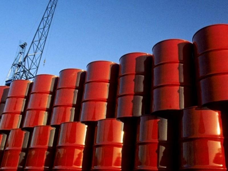 Petróleo mexicano gana 2.07 dólares