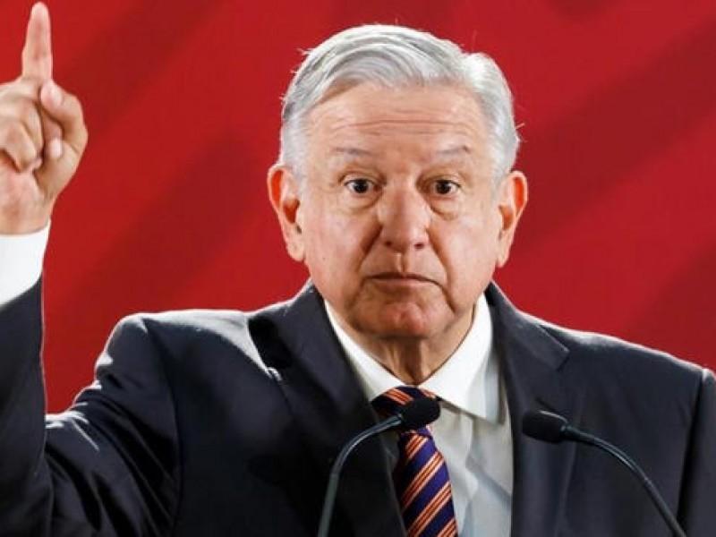 Pide AMLO a FGR indagar masacre en Veracruz