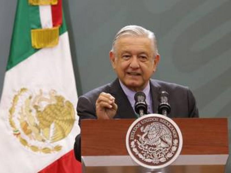Pide AMLO reforzar seguridad en Puebla