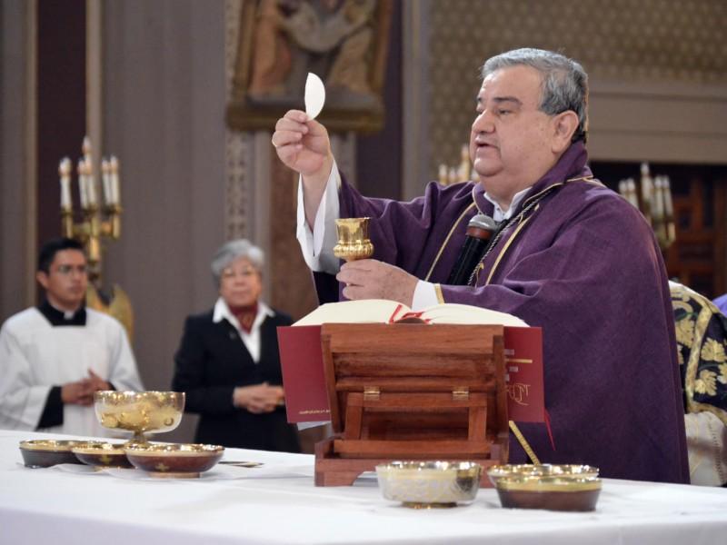 Pide Arquidiócesis no suspender misas ante COVID19