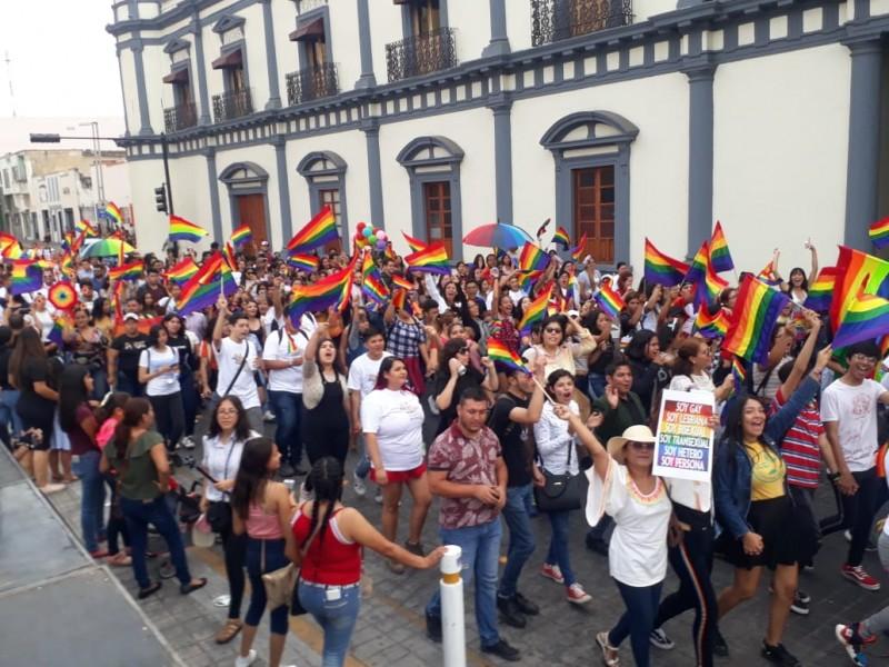 Pide comunidad LGBT+ nayarita tipificar discriminación