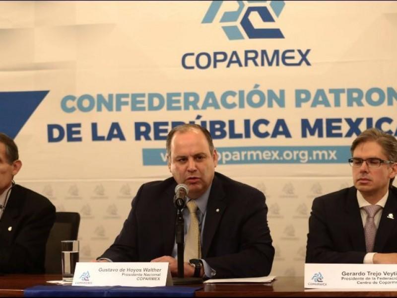 Pide COPARMEX no satanizar mercado de combustible