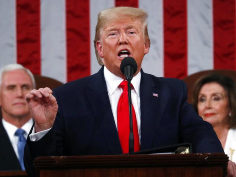 Pide Trump a Congreso ley que castigue con rigor indocumentados