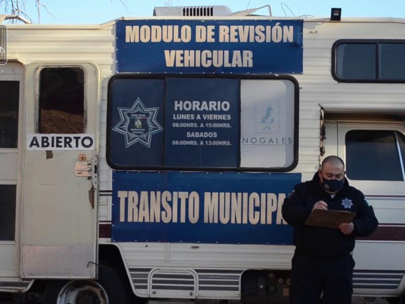 Piden a ciudadanía acudir por revisados vehiculares