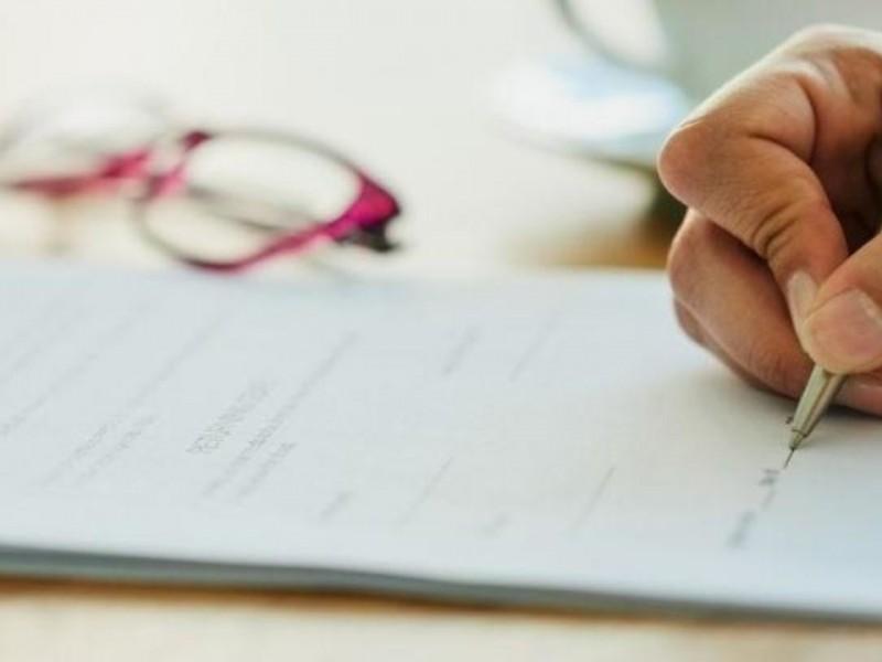 Piden a jefes de familia gestionar escrituras de sus predios