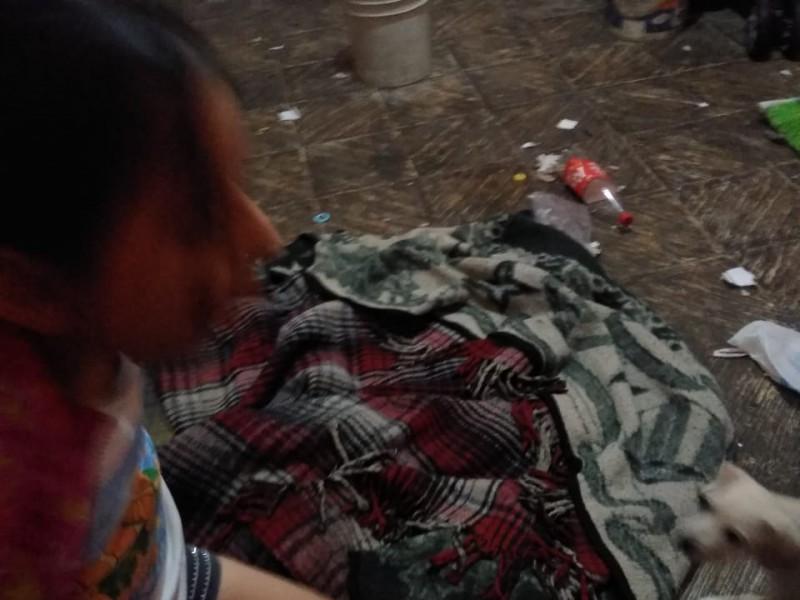 Piden apoyo para tres niñas abandonadas en el Coecillo