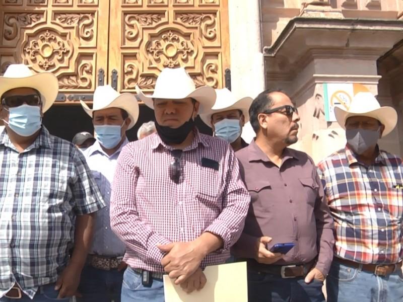 Piden campesinos apoyo extraordinario a federación