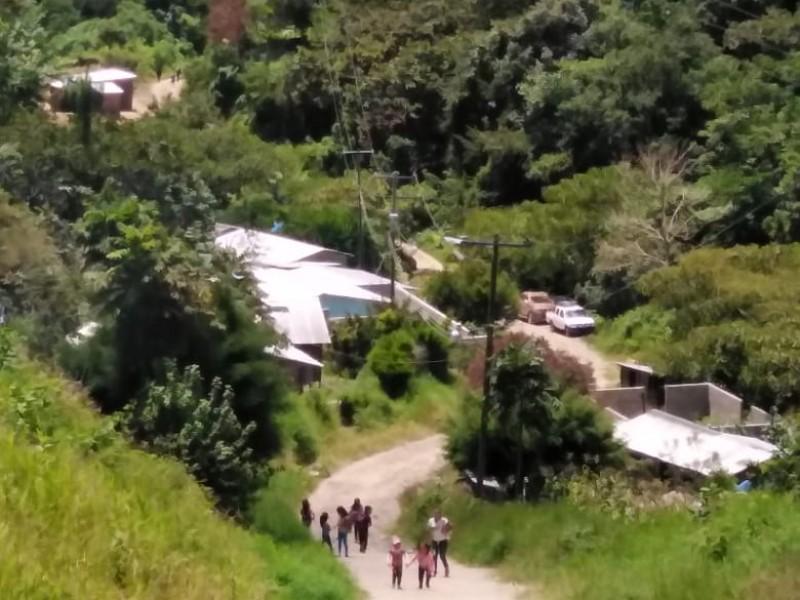 Piden carretera pobladores nueve comunidades olvidados de Bochil