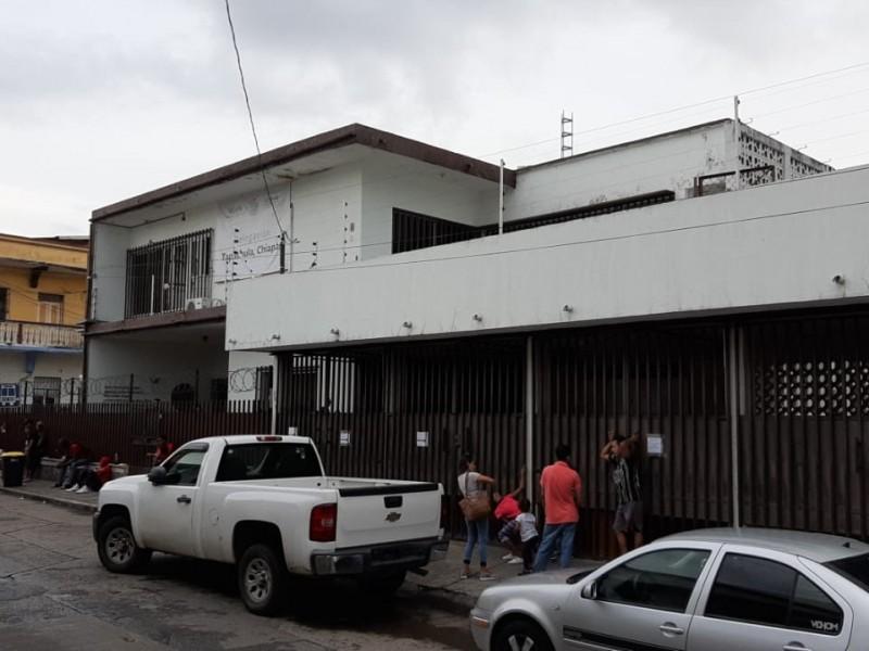 Piden ciudadanos, reubicar oficinas de la COMAR