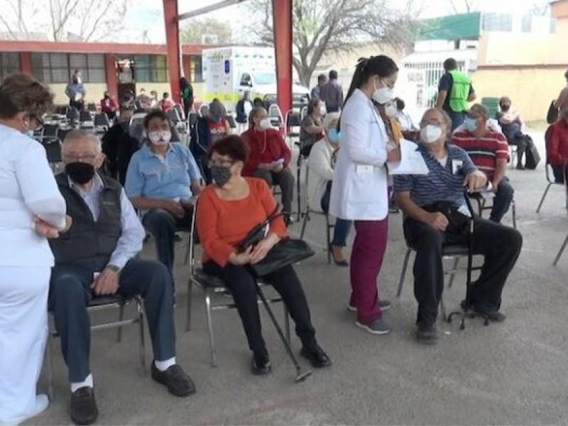 Piden coordinación para aplicación de vacunas a magisterio oaxaqueño