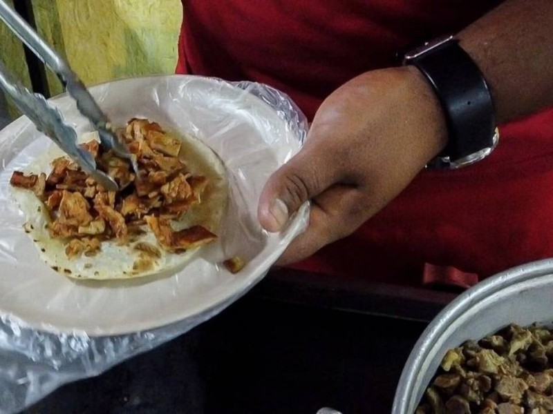 Piden extremar medidas al consumir alimentos en la calle