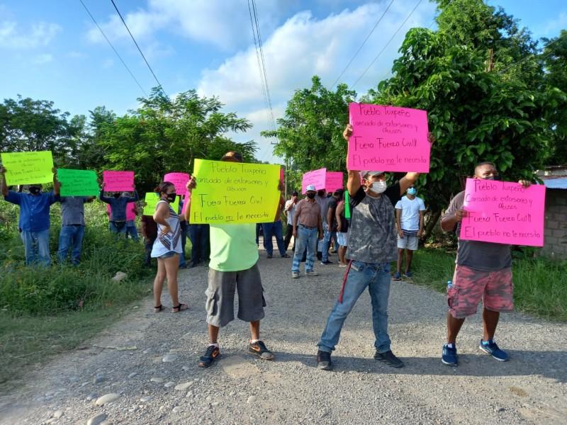 Piden fuera a la Fuerza Civil de Tuxpan