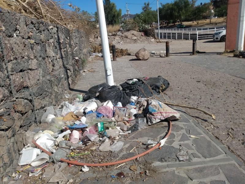 Piden limpieza y vigilancia en Arroyo Mariches