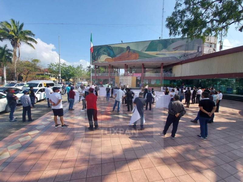 Piden reapertura de salones de eventos sociales en Poza Rica