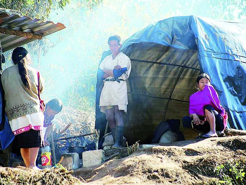 Piden recursos para desplazados