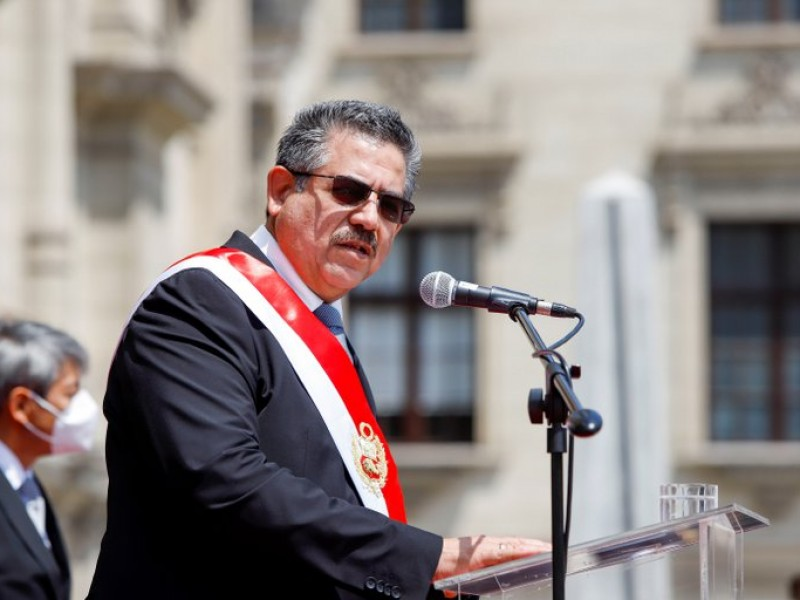 Manuel Merino anuncia su dimisión a la Presidencia de Perú