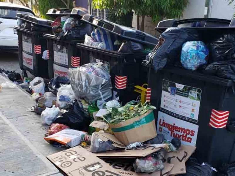 Piden reubicación de contenedores de basura en TGZ