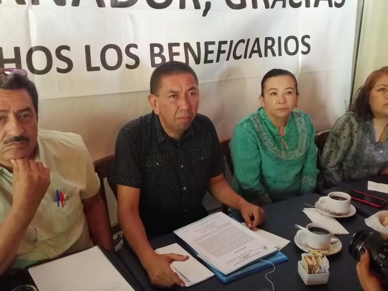 Piden se concluyan obras en Villas de Santiago