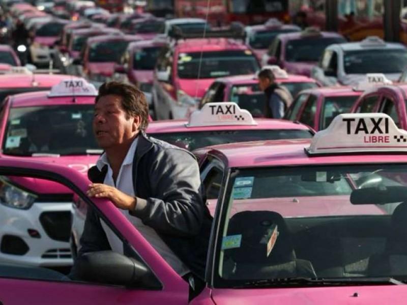 Piden taxistas considerar a apps como transporte público
