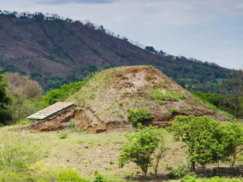 Pirámide maya pudo construirse a base de rocas volcánicas, investigación