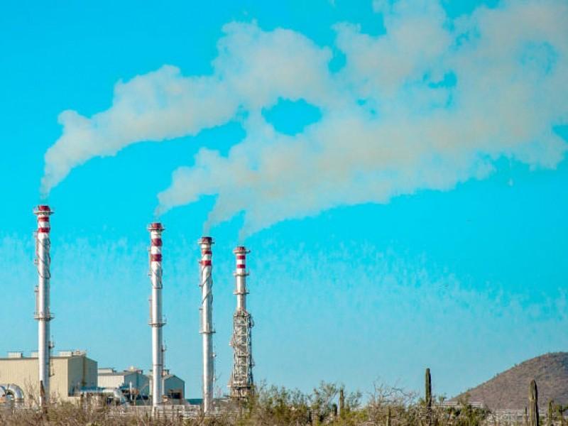 Plantas de CFE emiten gases contaminantes