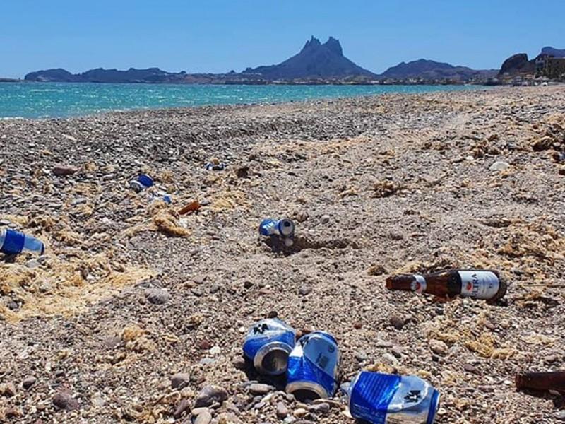 Playas llenas y basura en primer fin de semana