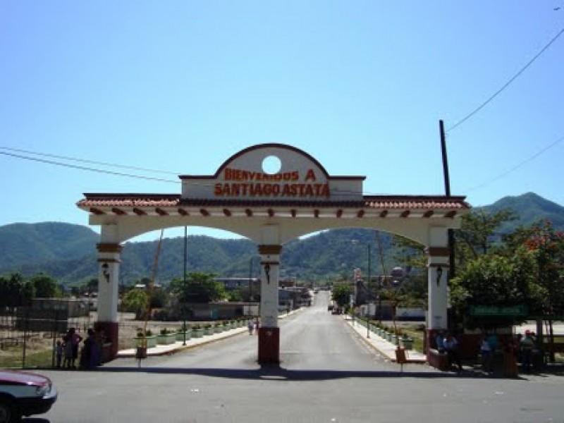Pobladores de Santiago Astata advierten bloqueo carretero