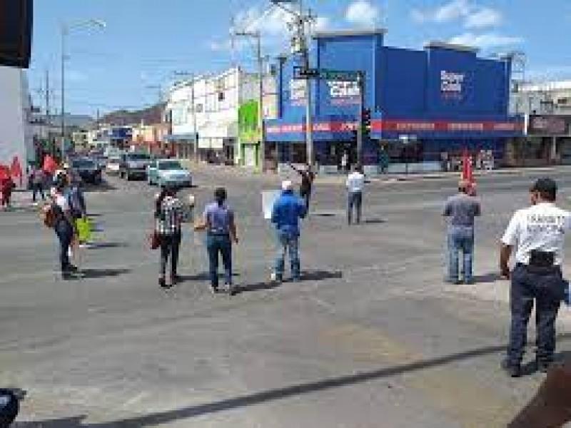 Pobre cultura vial en peatones y automovilistas de Guaymas
