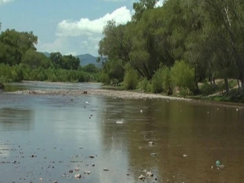 Poco a poco fluye Río en Ímuris