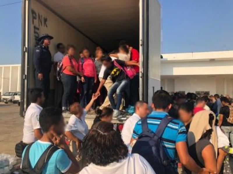 Policía Federal rescata a 160 indocumentados en Veracruz
