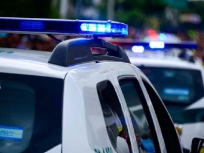 Policía se equivoca y mata a un hombre