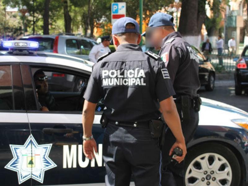 Policías amedrentan a taqueros