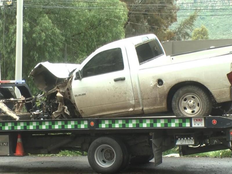 Policías de investigación protagonizan accidente vial en el bulevar