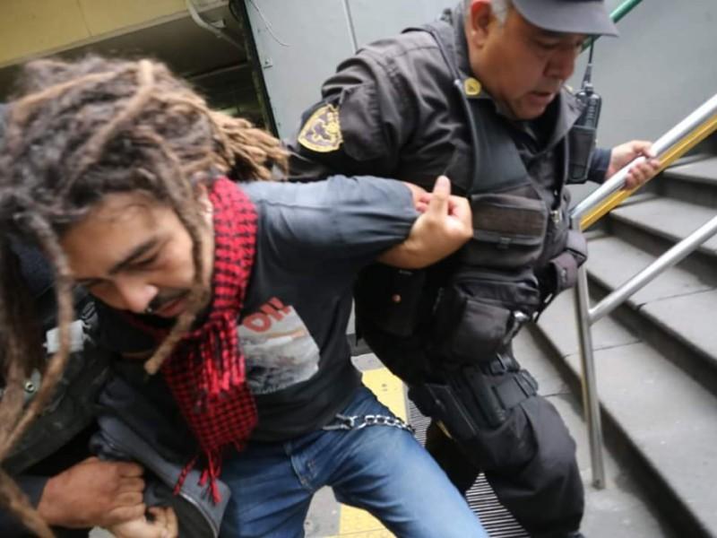 Policías deben ser eficaces sin transgredir derechos
