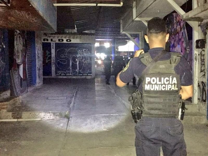 Policías Municipales revisan mercados