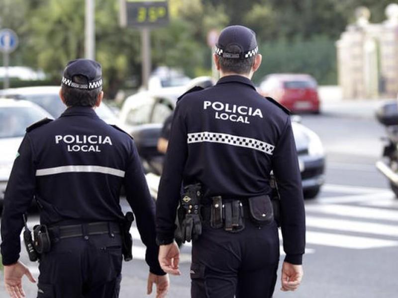 Policías rescatan a tres mujeres intoxicadas con gas