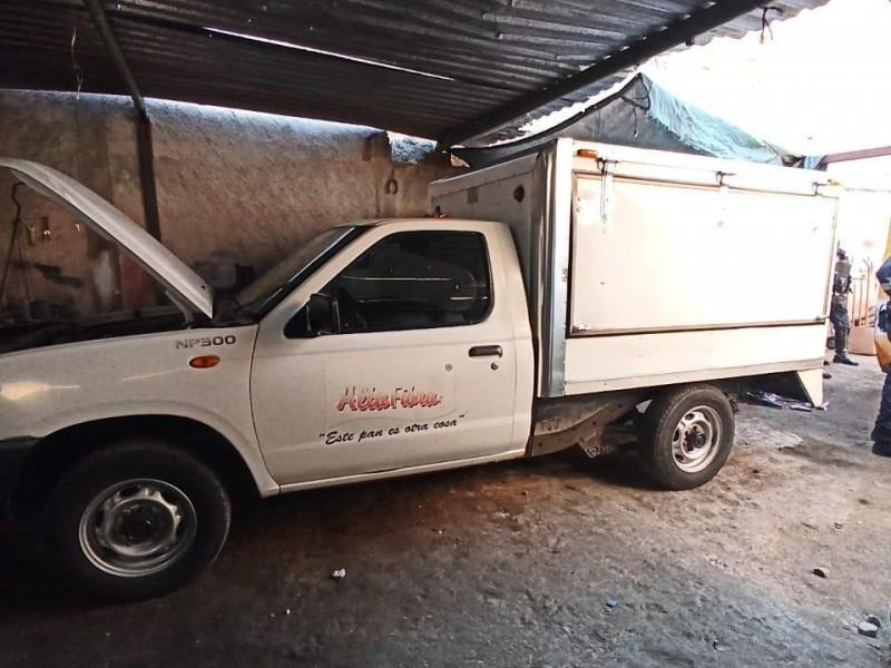 Policías tapatíos detienen a 6 con camioneta robada en Tonalá