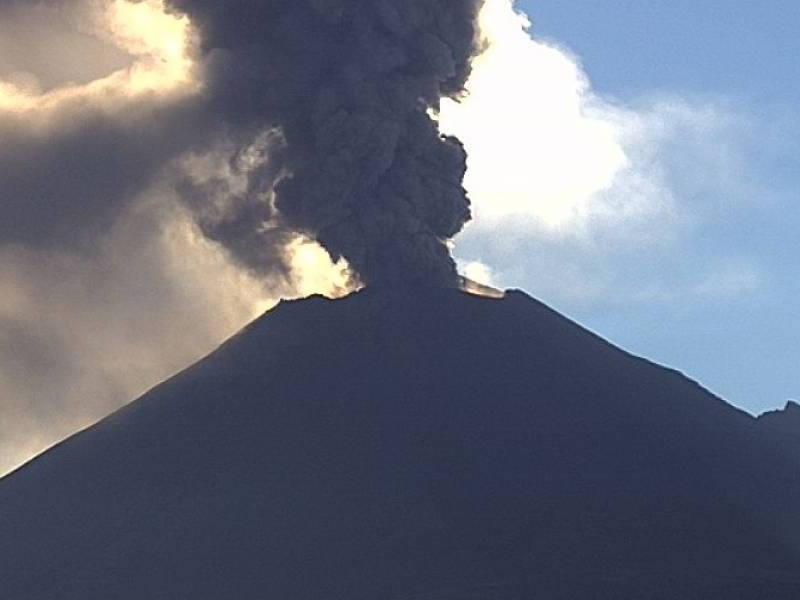 Popocatépetl registra 21 exhalaciones de baja intensidad