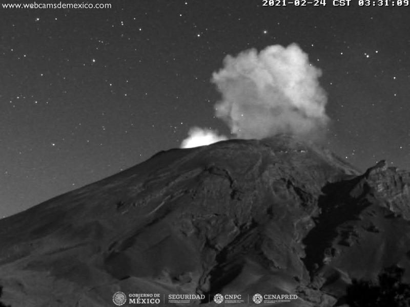Popocatépetl registra dos explosiones durante la noche