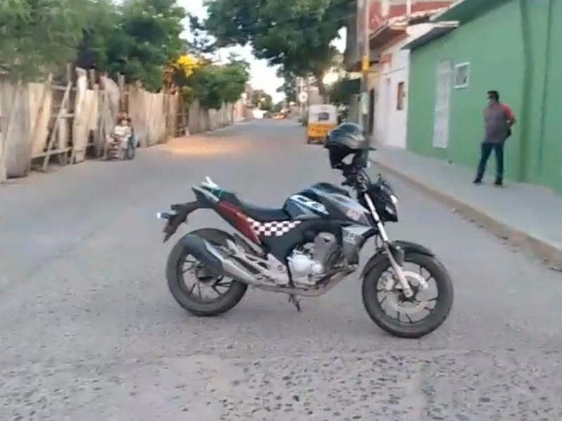 Por aparente Covid-19, muere persona en plena calle de Juchitán