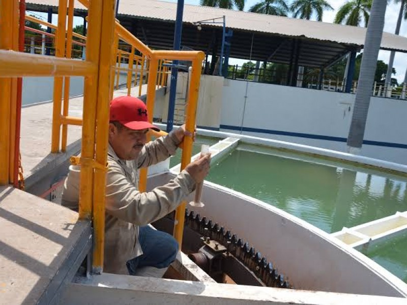 Por bajo nivel de agua en canales, limitarán suministro agua