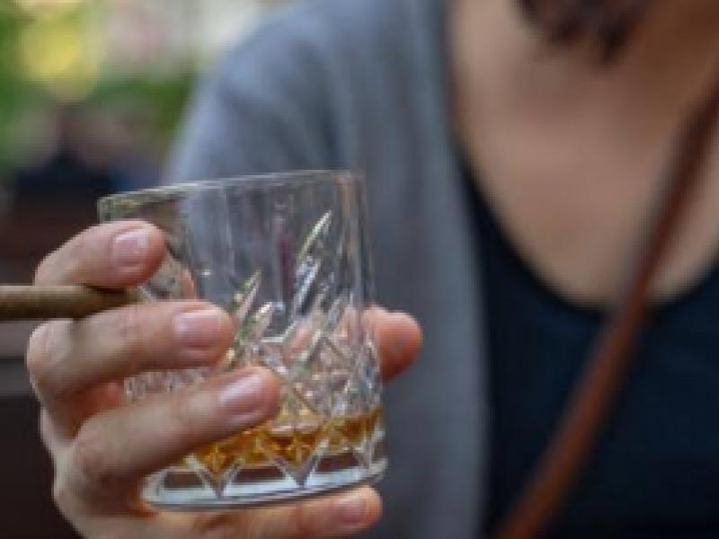 Por confinamiento aumenta consumo de alcohol y otras drogas