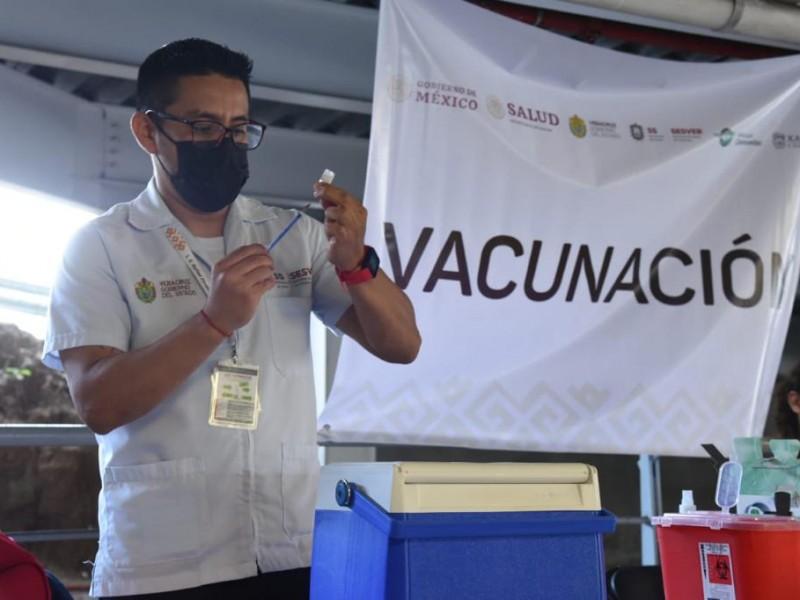 Por consulta popular, suspenden vacunación en Veracruz